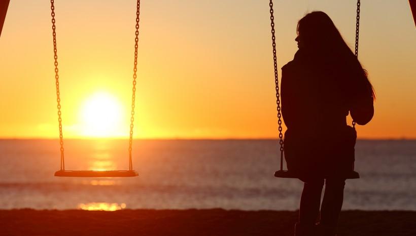 Trennung? Was du tun kannst, um Schritt für Schritt abzuschließen