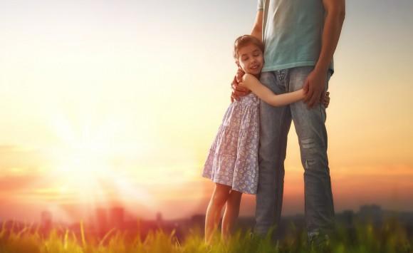 Wie Kinder zu glücklichen Erwachsenen werden – 5 Bausteine und 5 praktische Tipps